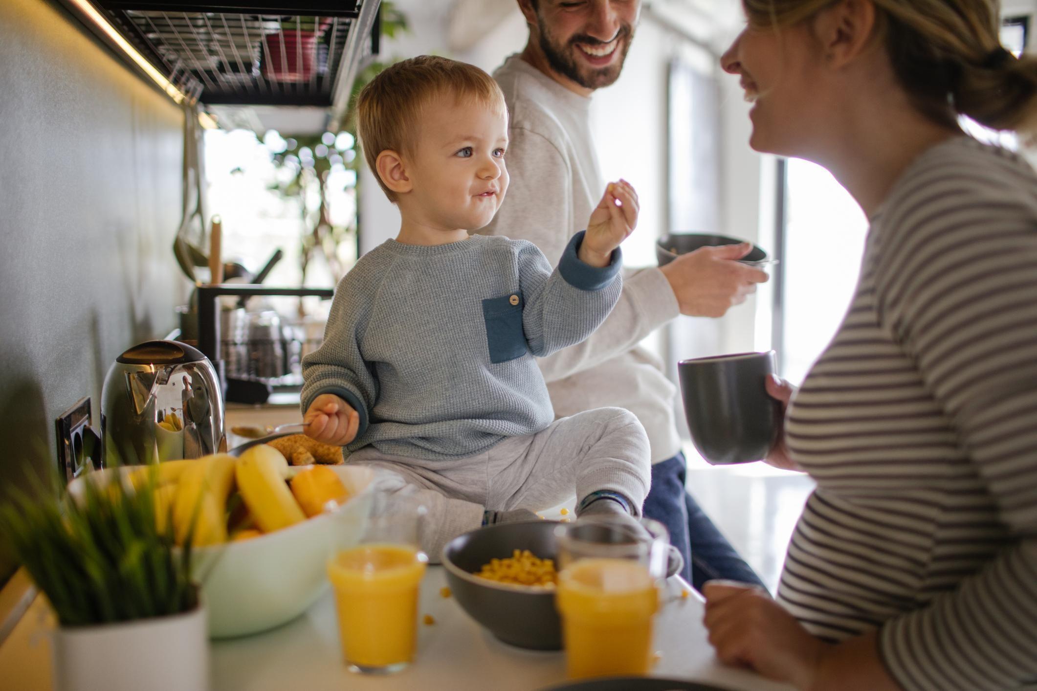 Alimentation De Bébé à 17 Mois   Bien Nourrir Son Enfant à 17 Mois    Doctissimo