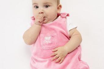 fe5f0e692ae Bien choisir les habits de bébé - Puériculture - Doctissimo