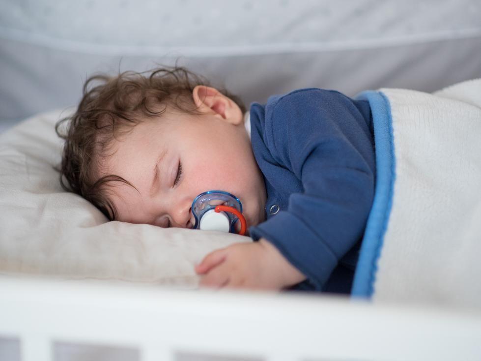 la sieste jusqu 39 quel ge sommeil de b b doctissimo. Black Bedroom Furniture Sets. Home Design Ideas