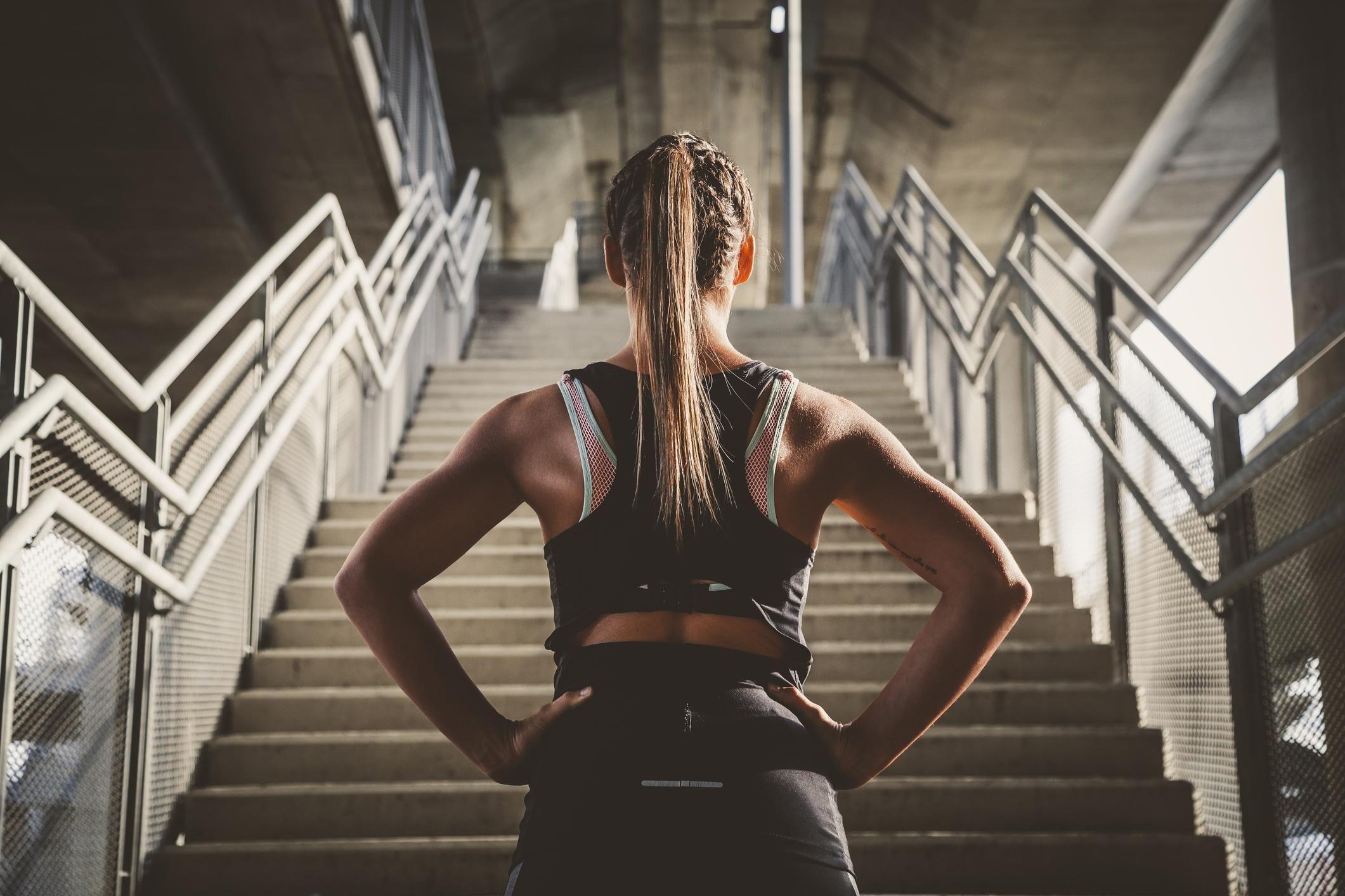 4 Exercices Faciles Et Rapides Pour Muscler Son Dos