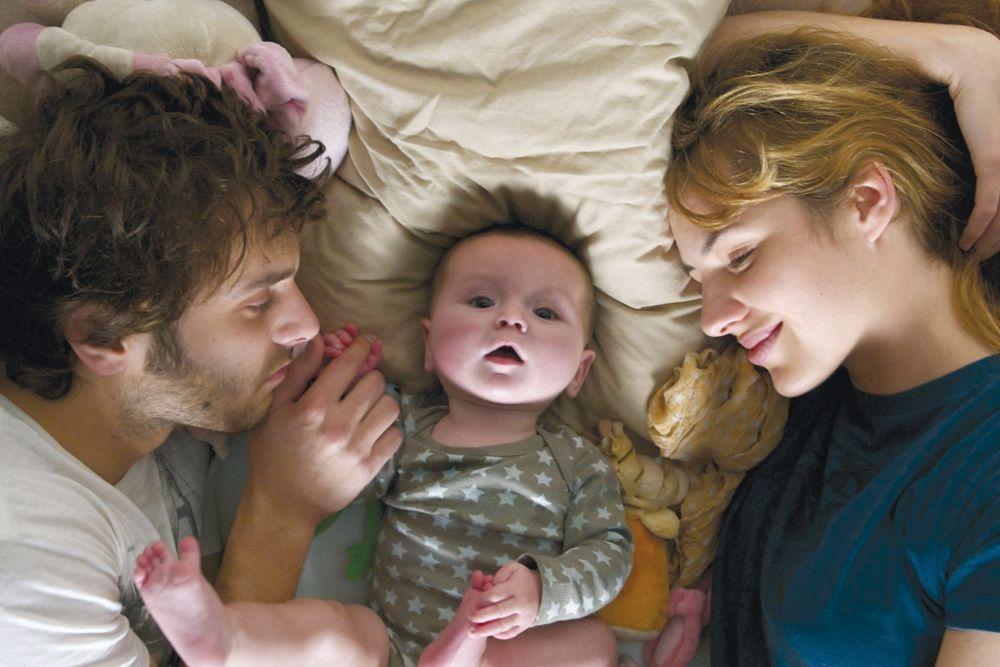Rencontre un homme avec deux mères de bébé