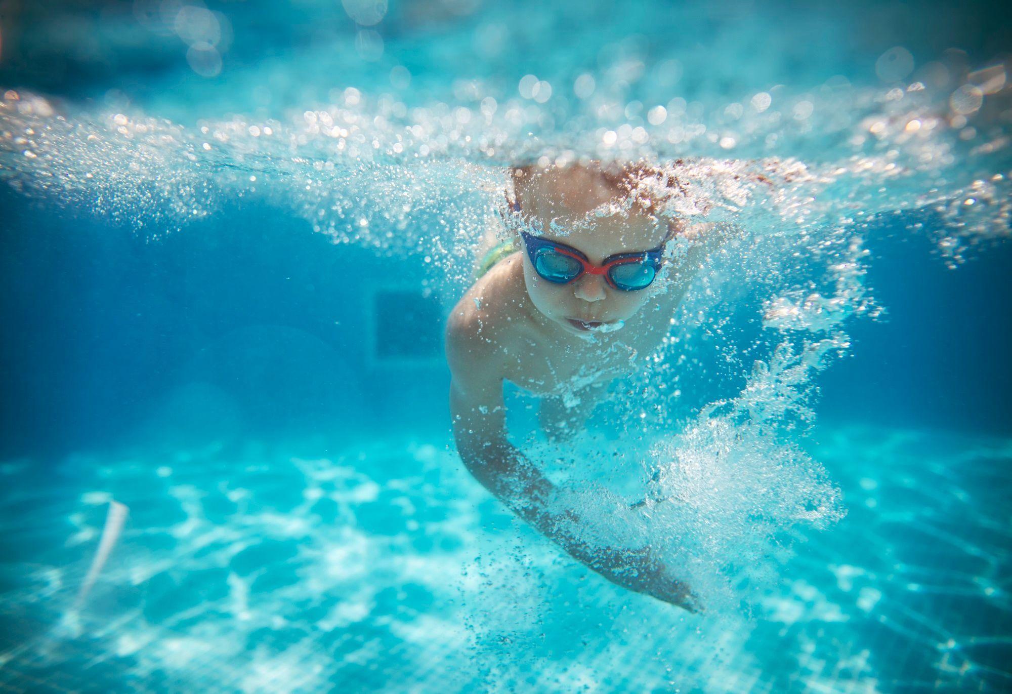Otite du baigneur : causes, symptômes et traitement - Doctissimo