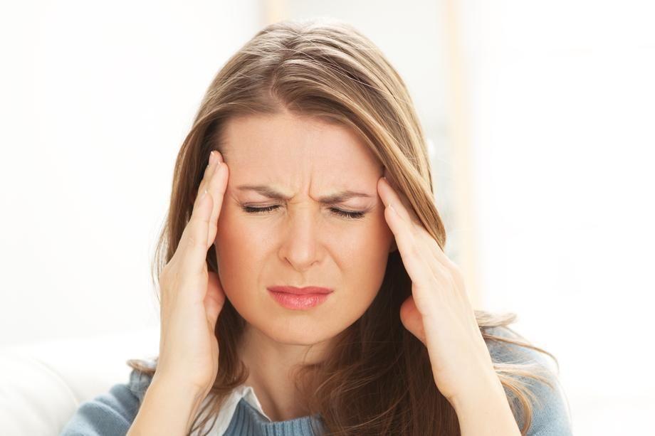Céphalées de tension : symptômes, prévention et traitement ...