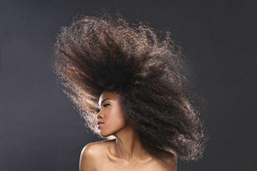 cheveux crépus article