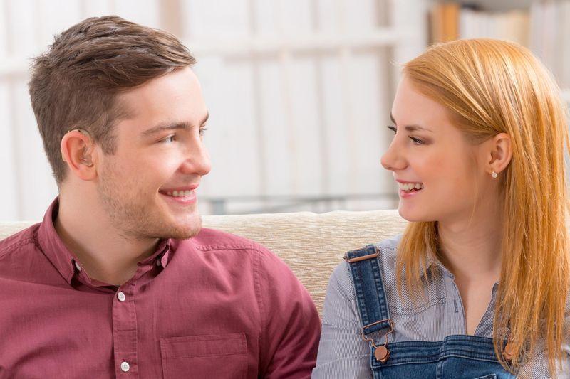 Communiquer avec une personne malentendante