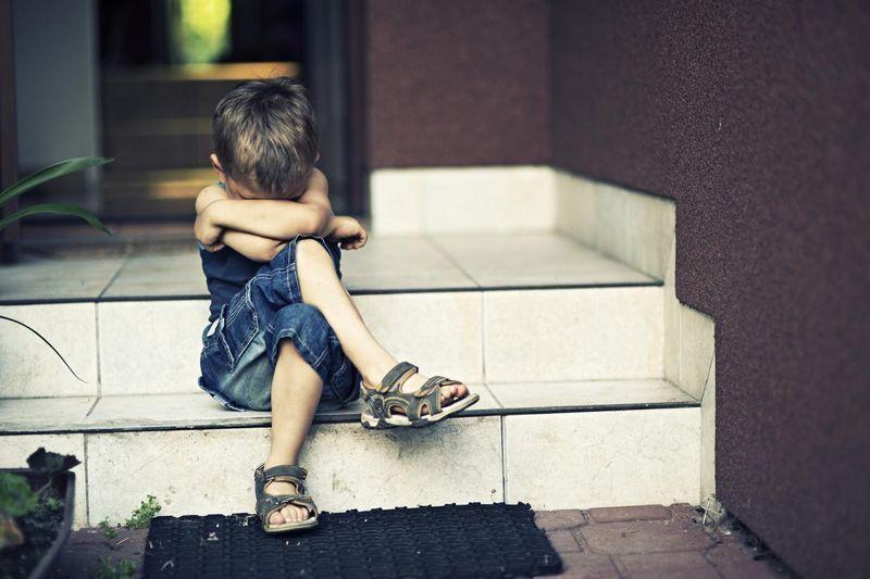 gérer crises pleurs