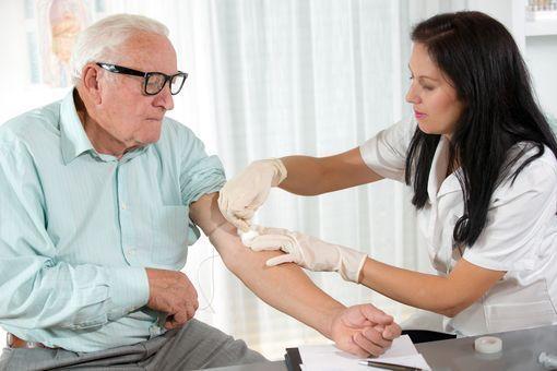 insuffisance cardiaque prise de sang
