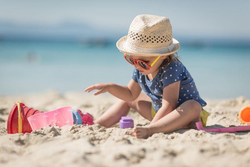 Soleil et enfants - Protéger la peau des