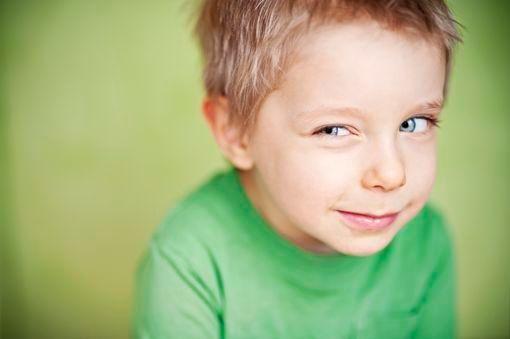 Tics et mouvements étranges de l'enfant - Doctissimo