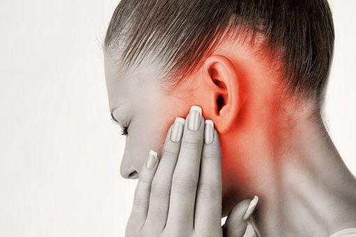 traitements naturels douleur à l'oreille