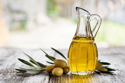 Huile d'olive: bienfaits beauté de l'huile d'olive pour la peau ...