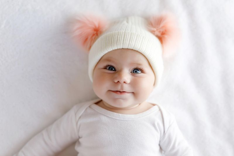 lentilles contact bébé