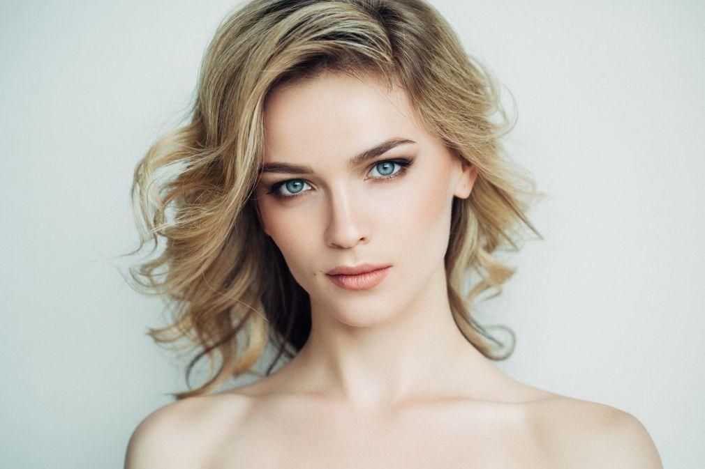 Coupes de cheveux sur les Г©paules des femmes sans frange
