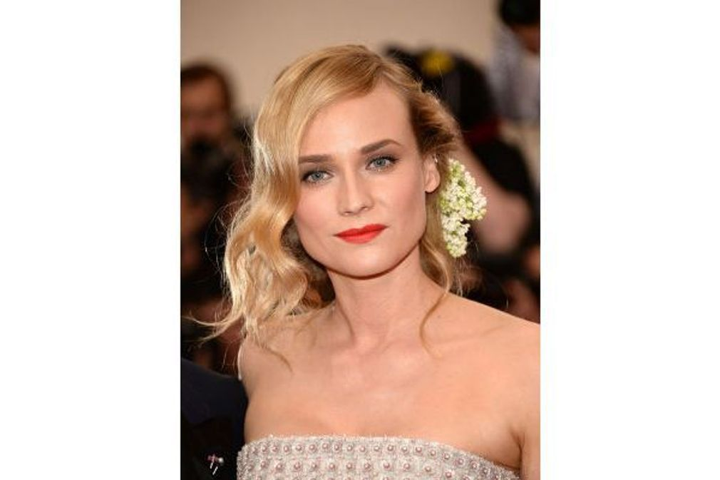 20 coiffures à piquer à Diane Kruger