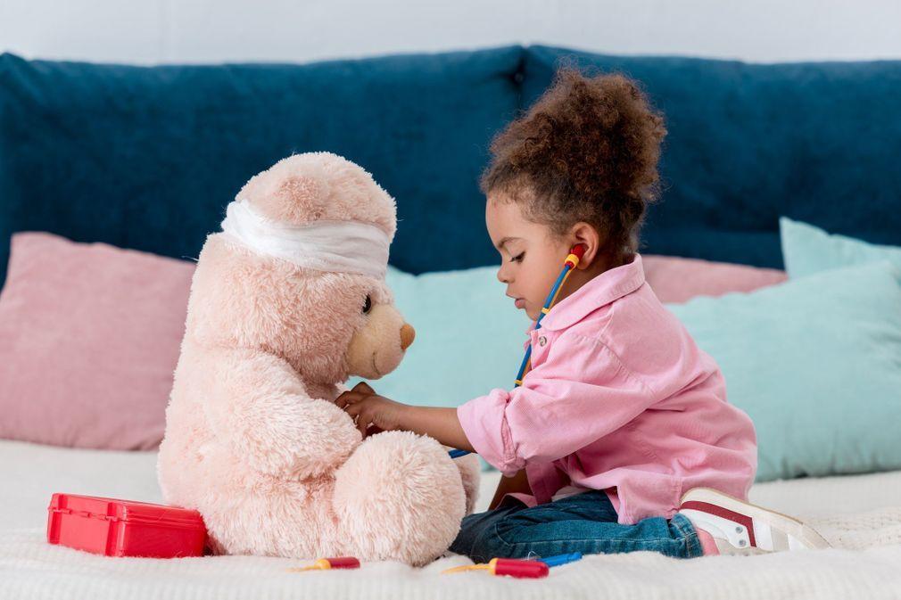Enfants : accidents domestiques, 10 gestes qui sauvent