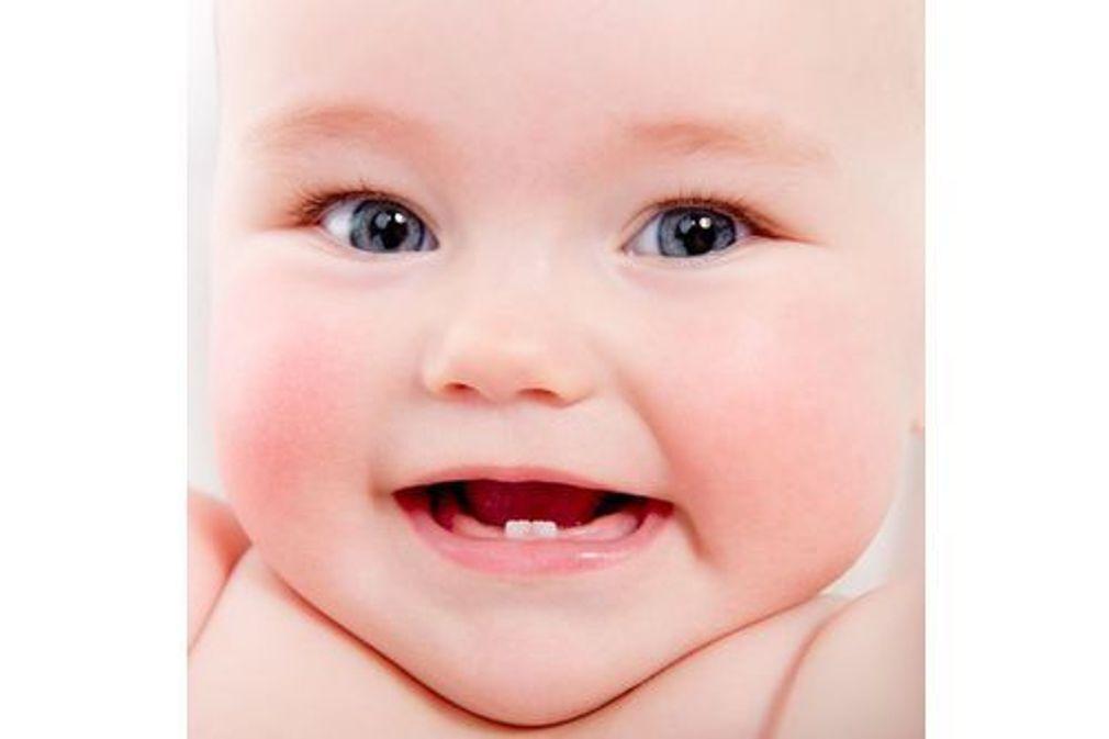 Les poussées dentaires de Bébé, âge par âge
