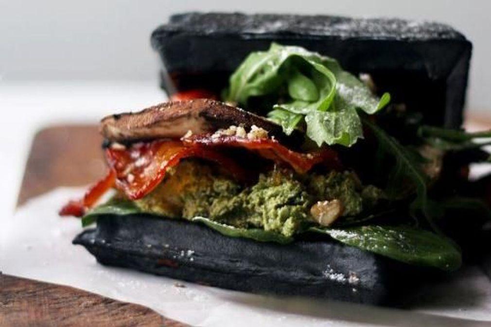 10 recettes à base de charbon végétal