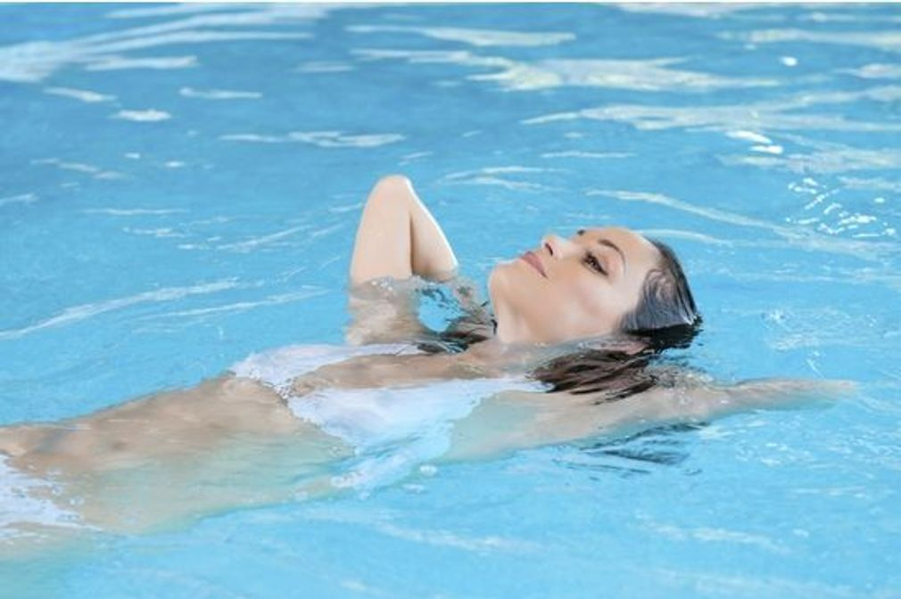Piscine : comment éviter les infections