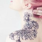 Tatouage fleuris