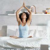 10 postures pour bien se réveiller