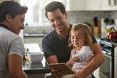 Famille homoparentale : les droits du second parent