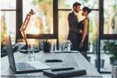 36% des adultères sont commis sur le lieu de travail