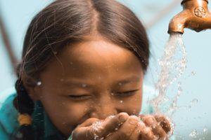 Aveda se mobilise pour un meilleur accès à l'eau potable