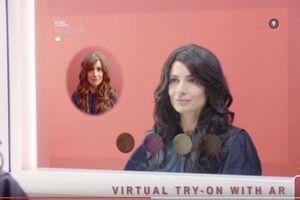 CES 2019 : essayer de nouvelles couleurs de cheveux à l'aide d'un miroir connecté