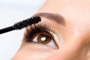Le mascara, le produit make-up préféré des Françaises