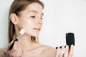 Microplastiques: l'Assemblée vote des interdictions progressives pour les cosmétiques