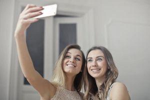 Selfie : votre nez paraît 30% plus gros qu'en réalité
