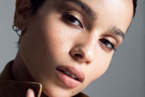 Zoë Kravitz, nouveau visage de Black Opium d'YSL