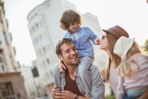 Les pères qui s'impliquent dans leur rôle de futur parent pourraient aider à préserver la santé de leur enfant