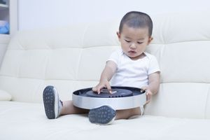 Piles boutons : attention aux accidents domestiques !