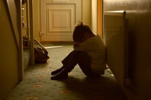 Protéger les enfants et les femmes maltraités pendant le confinement
