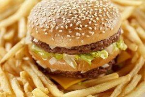 Le régime alimentaire occidental de la mère pourrait aggraver le risque d'obésité chez l'enfant