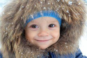 Avoir un bébé en janvier : qu'est-ce que ça change ?