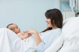 """""""Born to be alive"""" : une simulation en 3D et temps réel de l'accouchement"""