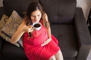Grossesse : la caféine augmente le risque de surpoids chez les enfants