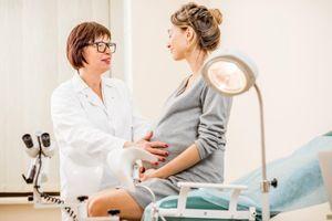 Des gynécologues alertent sur le simulateur d'accouchement SIM 37