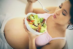 Grossesse : des conseils réalistes pour améliorer l'alimentation des femmes enceintes