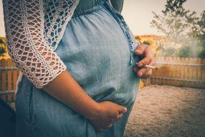Fumer uniquement en début de grossesse n'est pas sans risque pour l'enfant à naître