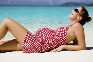 Grossesse : 10 minutes de soleil par jour réduirait le risque d'asthme chez l'enfant