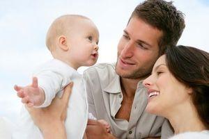 Le congé parental bientôt réduit pour les mères