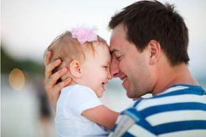 Le congé parental boudé par les pères va être réformé