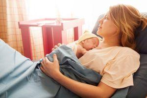 Le risque de baby blues augmenterait à l'automne