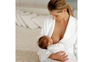 Moins de 40 % des enfants de moins de 6 mois exclusivement allaités au sein