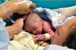 Première naissance après une greffe d'utérus