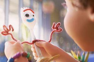"""Toy Story 4 : rappel de la peluche Disney """"Forky"""""""
