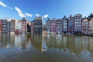 Amsterdam remporte la course pour accueillir l'Agence du médicament après le Brexit